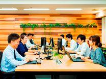 自社開発した業務パッケージソフトを中部地区の中堅・中小企業に対して実践的なIT活用を企画立案し、企業が抱える様々な問題を解決するITプロフェッショナル会社として事業展開しています。