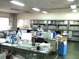 https://iishuusyoku.com/image/開発を進めている研究現場の様子です。社宅もありますので、一人暮しの方も安心して働けますよ♪
