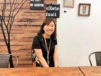 https://iishuusyoku.com/image/元気な笑顔が印象的な先輩も、現在新卒同期の仲間と1年間の研修中。切磋琢磨しながら、時には支え合える仲間がいるのは嬉しいですね。