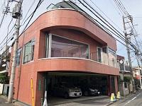本社は、丸の内線で新宿から3駅目の新中野駅からすぐ!人気の飲食店も数多く軒を連ねる、鍋屋横丁通り近くにあります。