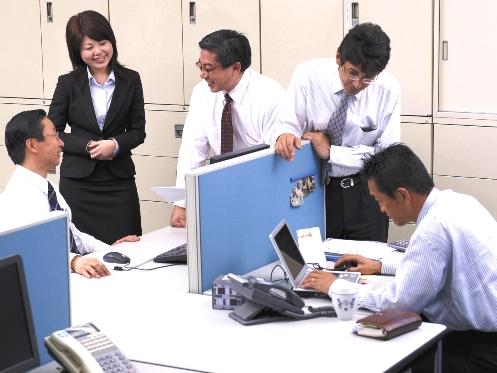 https://iishuusyoku.com/image/ブラザー・シスター制度もあり、OJTリーダーがつき、先輩がマンツーマンで指導していきますので、未経験の方でも安心です。