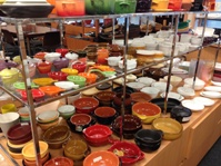https://iishuusyoku.com/image/自社ショールームの一部。毎月、模様替えを行い、シェフやオーナーなど、多くの飲食店関係者の夢を膨らませます。