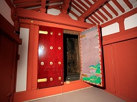 http://iishuusyoku.com/image/平等院鳳凰堂の西面扉の新造復元事業「Anapurna 2050i」がお手伝いしました。