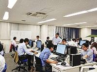 https://iishuusyoku.com/image/20~30代の若手を中心とした、幅広い世代のメンバーが活躍しています。社員のほとんどが文系出身です!