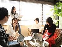 https://iishuusyoku.com/image/クライアントにとって、世界で最も投資対効果が高いチームでいよう。チームで力を合わせ、最適なプランを練りだします!