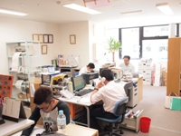 http://iishuusyoku.com/image/一つ一つの製品に誇りを持っています。Z社は設立からの積み重ねで、様々な企業からの信頼が厚いです。