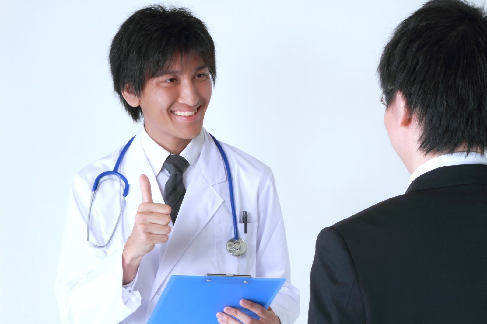 【新卒・既卒・第二新卒】健康診断書の提出を求められたら